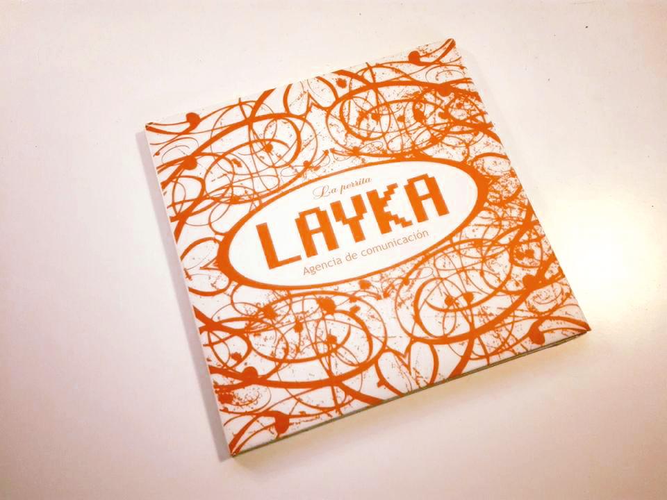 carpeta-cd-la-perrita-layka